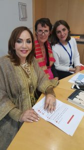 arab-worlds-most-popular-writer-ahlem-mosteghanemi-mosteghanemi-with-living-shakespeare-team
